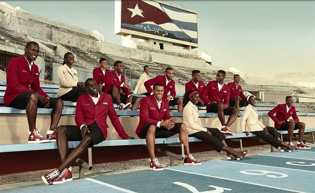 Móda / Uniformy Kubánců navrhoval Christian Louboutin